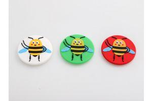 Køleskabsmagnet: Den glade bi